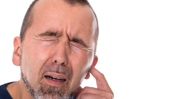 Tinnitus (oorsuizen)